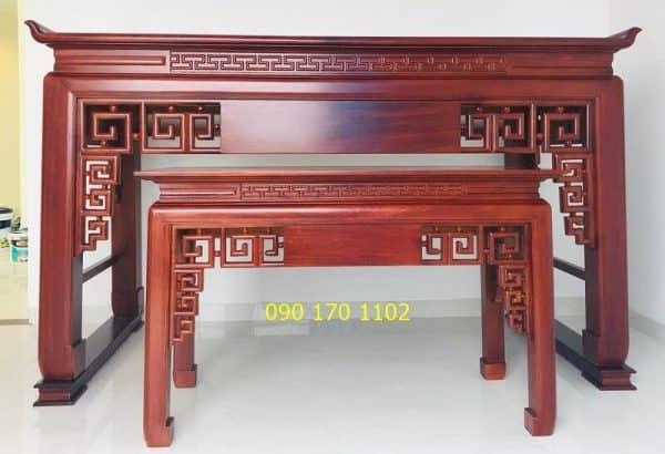 Cặp bàn thờ chiện, màu gỗ hương