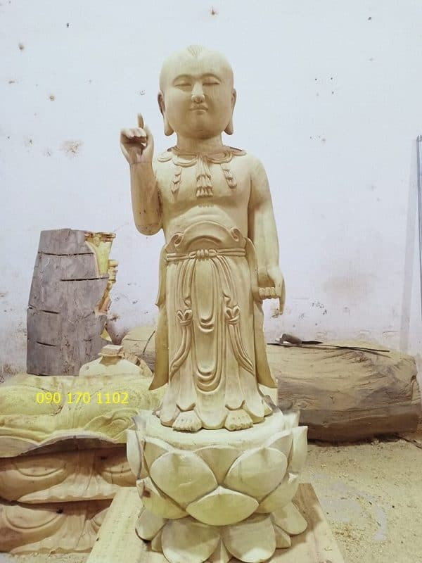Tượng Phật Thích Ca đản sinh