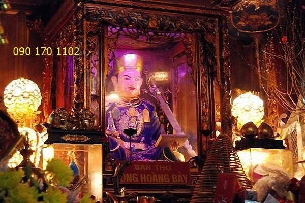 Tượng ông Hoàng Bảy-1