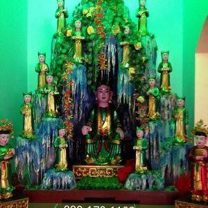 Động thờ Chúa Sơn Trang và 12 cô Tiên