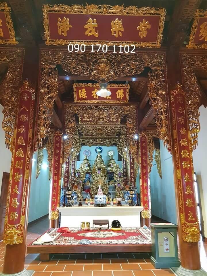 Mẫu cửa võng gian thờ Phật tại gia
