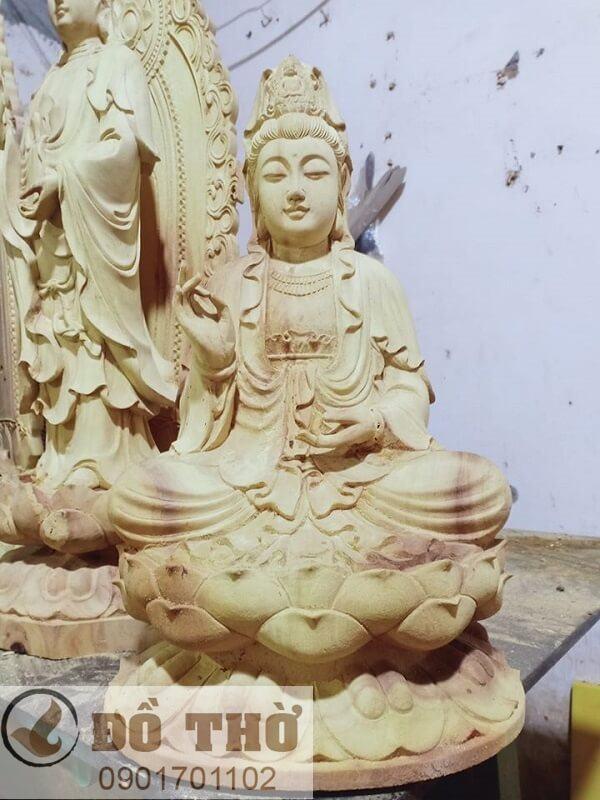 Tượng Phật Quan Thế Âm Bồ Tát bằng gỗ mít