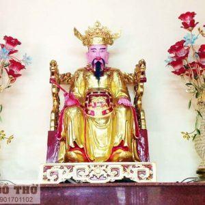 Ban Trần Triều trong điện thờ tại gia