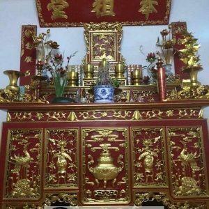 Thiết kế trang trí bàn thờ gia tiên sơn son thếp vàng
