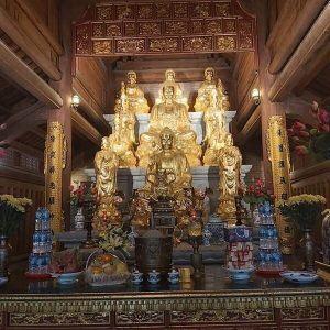 Điện thờ Tam Bảo đình chùa
