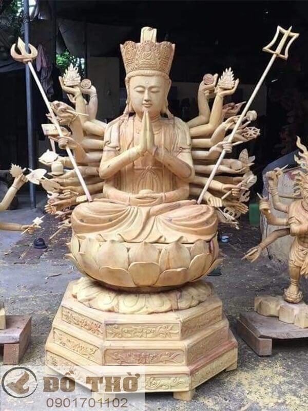 Tượng Phật Thiên Thủ Thiên Nhãn bằng gỗ mít