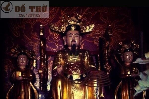 Đức Thánh Trần là ai, có vai trò gì trong Tam Tứ Phủ ?